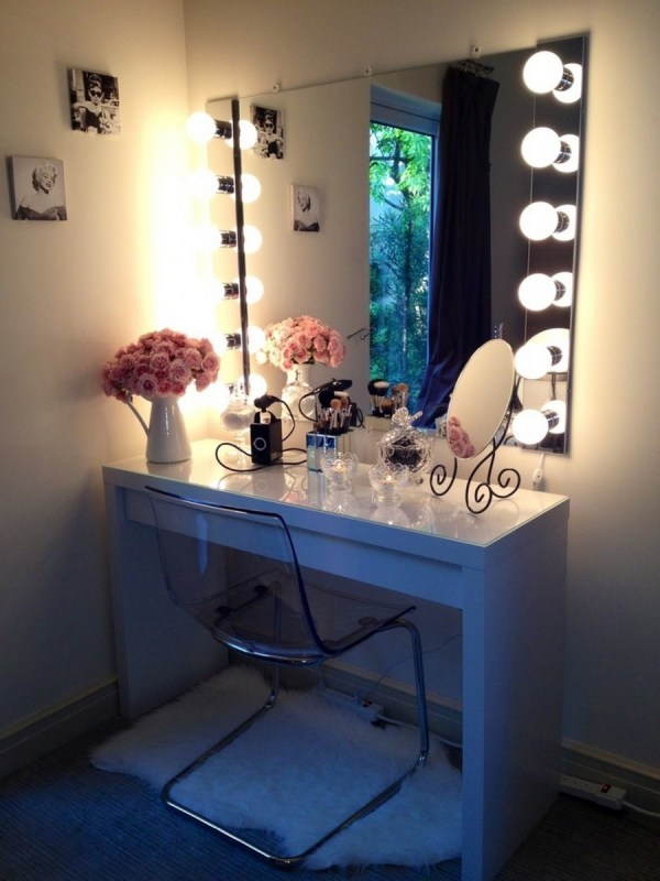 Mirrors of all sizes | HOLLYWOOD MIRROR