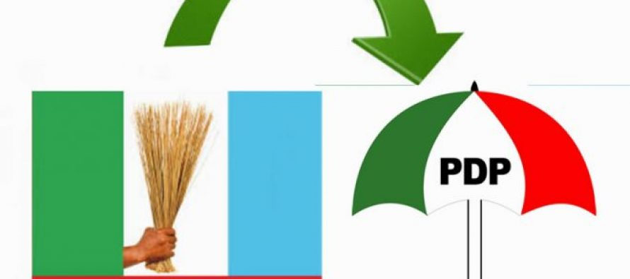 14 Senators Decamp from APC to PDP