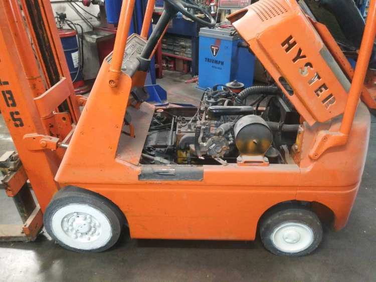 Any Time Mobile forklift Repair Bakersfield CA Near You Mobile Diesel semi-truck Mechanic in Bakersfield, Servicing various brands of equipment and repairing many semi-trucks and trailers. ready Any Time 24/7 even on holidays specializing in semi-trailers trucks and equipment of various sizes like for instance forklifts RV's skid steers heavy hauler trailers, low profile trailers piggyback forklifts, and various other commercial equipment with our very educated technicians solving your problem the first time with no add on's. We also do various other services like DOT Inspections, preventative maintenance inspections, We work on RV's too and other recreational vehicles such as boats. We are fully licensed and ready to serve you onsite or you may visit our shop Mobile Open 24/7 Shop 8-5 Mon-Fri