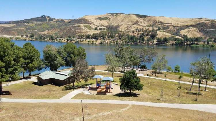 Castaic Lake and rest area California