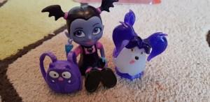 Vampirina Toys