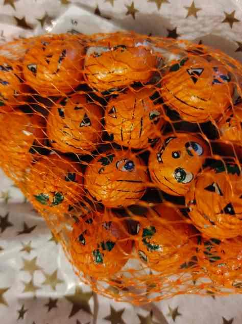 Free Gift Pumpkin Chocolates