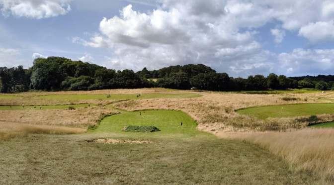 Amazona Zoo & Football Golf