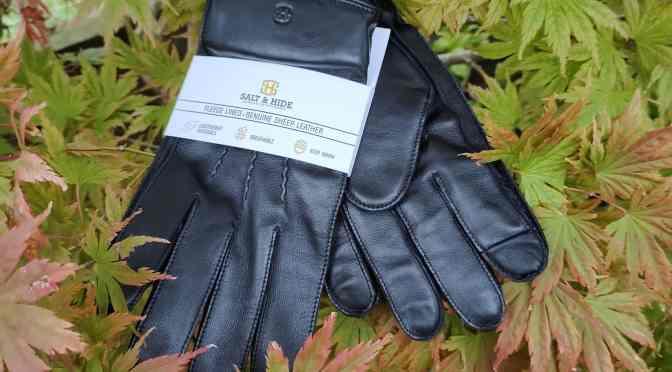 Harper Black Sheep Leather Gloves from Trendhim