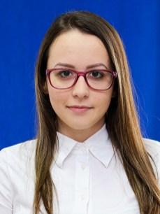 Fazekas Júlia
