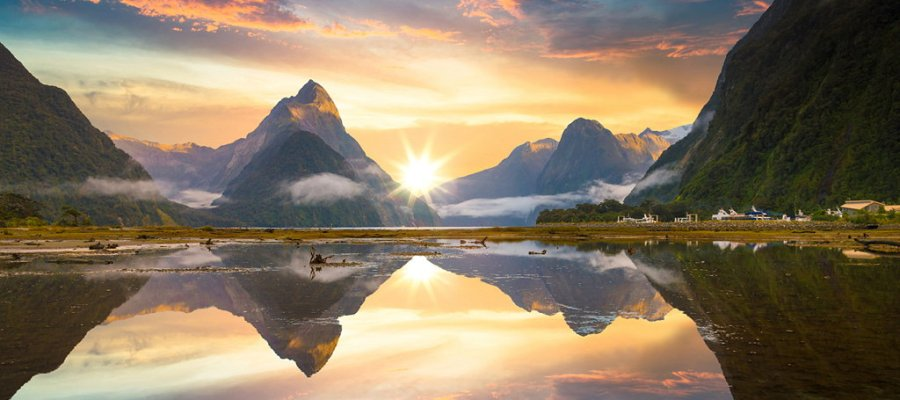 Magnificent Milford Sound, Fiordland National Park, New Zealand