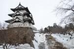 青森県・弘前さくらまつり追加情報!弘前城が約100年ぶりに動く!