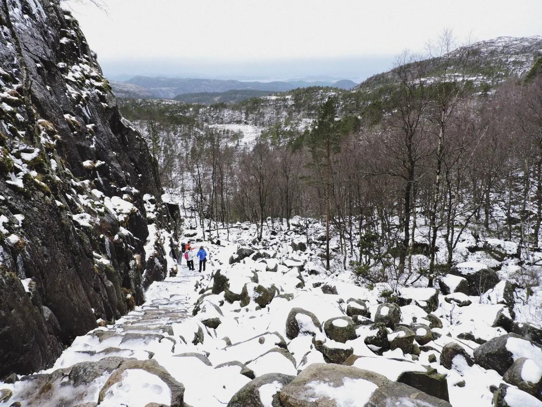 Preikestolen, Noruega - Caminho nevado