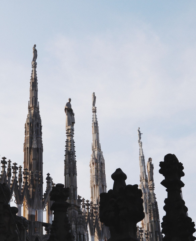 Do terraço da Duomo de Milão - Infinitos detalhes na arquitetura