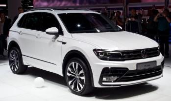VW_Tiguan_2.0_TDI_4MOTION_R-Line_(II)_–_Frontansicht,_19._September_2015,_Frankfurt