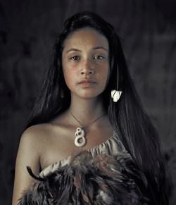 Before They Pass Away, Jimmy Nelson, Ausstellung in Wien, Maori, Rauwhiri Winitana Paki, Taupo Village, North Island New Zealand
