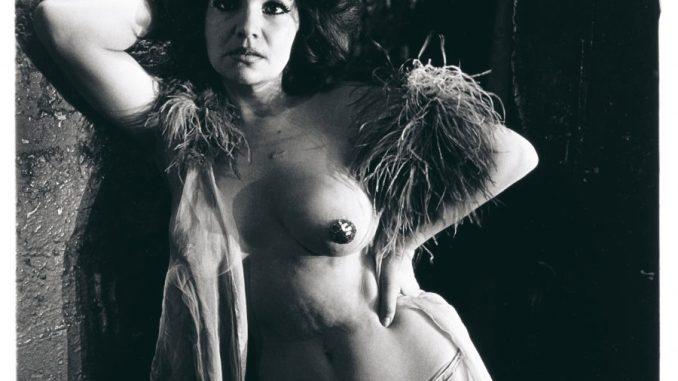 Model Arbus Goldin, Diane Arbus, Blaze Starr Backstage, Baltimore, Md. 1964 © The Estate of Diane Arbus