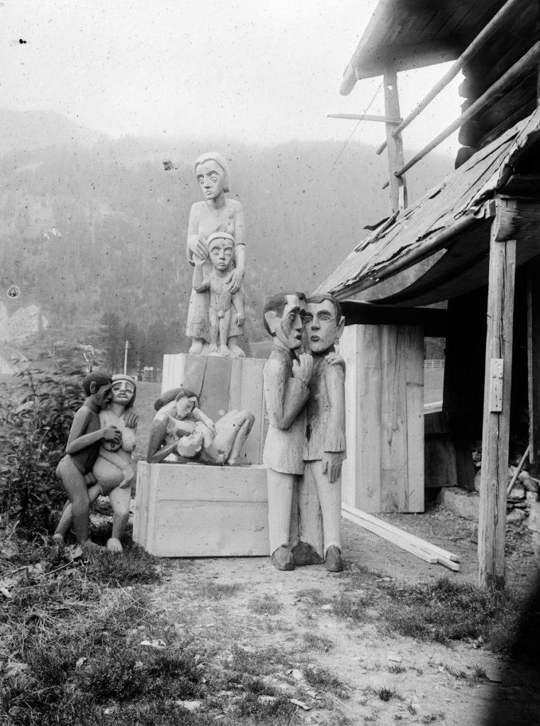 Ernst Ludwig Kirchner, Maler und Bildhauer, Der Maler als Fotograf, Das Bildhaueratelier neben dem Wildbodenhaus, Museum der Moderne, Ausstellung in Salzburg