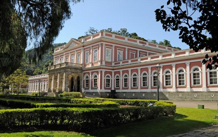 roteiro-petropolis-fim-de-semana-museu-imperial Petrópolis no fim de semana (Detalhado!)