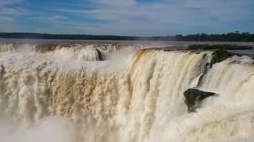 Roteiro-foz-do-iguaçu-cataratas-argentina-6 Roteiro Foz do Iguaçu Completo (e ÉPICO) - 3 a 5 dias