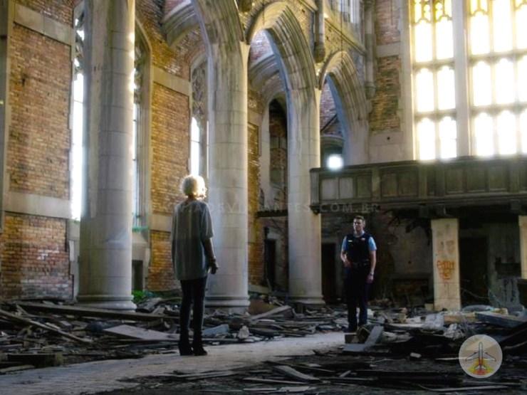 Um-roteiro-pelo-locais-de-gravação-de-Sense-8-chicago-igreja-2 Roteiro pelos locais de gravação de Sense 8 (8 países!)