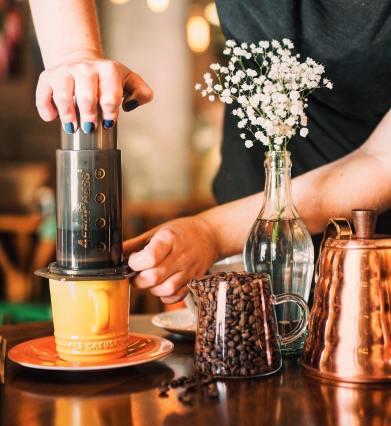 Cafe-do-Viajante-curitiba-AeroPress Conheça o Café do Viajante Curitiba