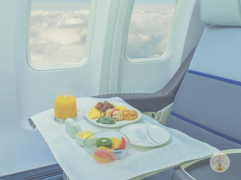 Como planejar sua viagem internacional - comida voo