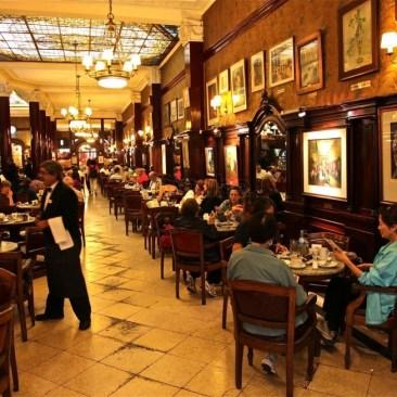 restaurantes-em-buenos-aires-cafe-tortoni-2 Restaurantes em Buenos Aires - Guia de bolso