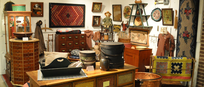 antiques-booth-3