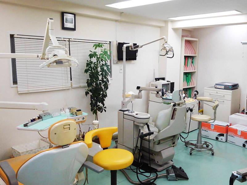歯科医院解体施工前1