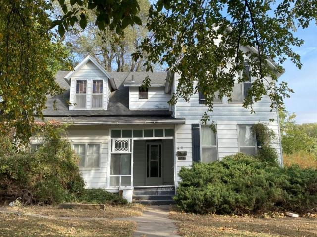 Porch yard featured at 121 E 12th St, Larned, KS 67550