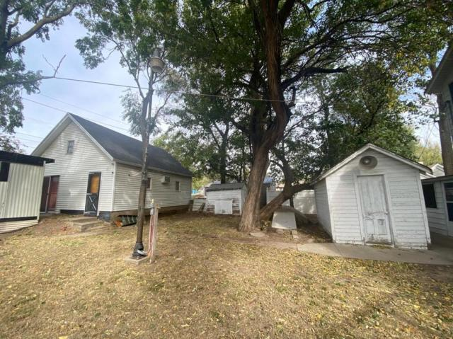 Yard featured at 121 E 12th St, Larned, KS 67550