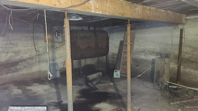Garage featured at 14 Belmont St, Milo, ME 04463
