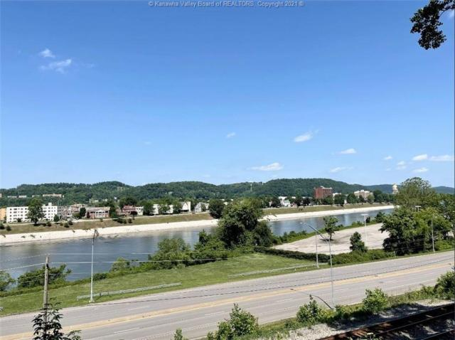 Road view featured at 1321 Maccorkle Ave SE, Charleston, WV 25314