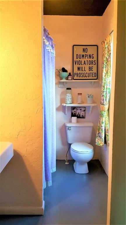 Bathroom featured at 125 Fort Springs Turnpike Rd, Sinks Grove, WV 24976