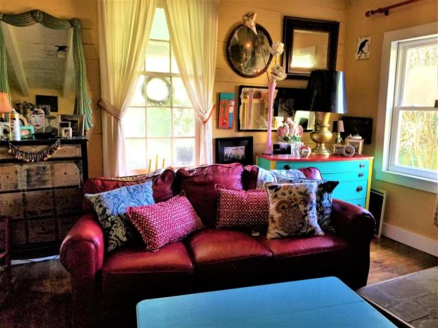 Living room featured at 125 Fort Springs Turnpike Rd, Sinks Grove, WV 24976