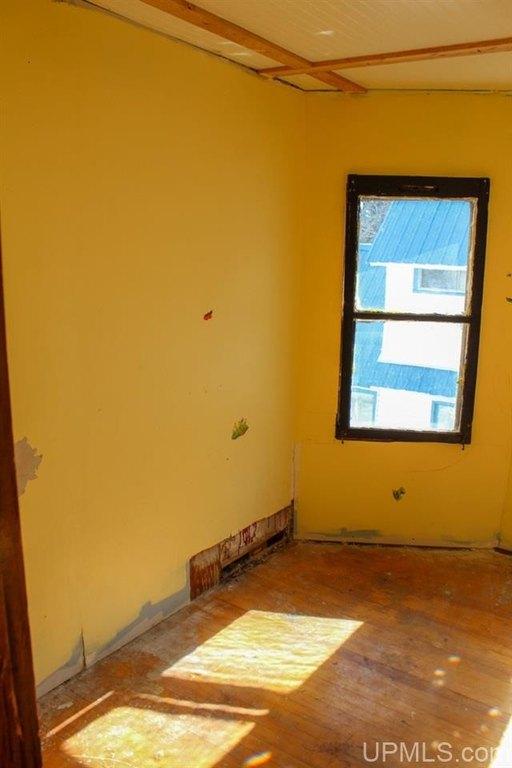 Bedroom featured at 122 Ahmeek St, Laurium, MI 49913