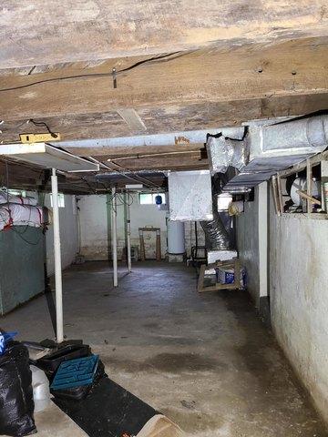 Porch featured at 169 Doe Branch Rd, Haysi, VA 24256