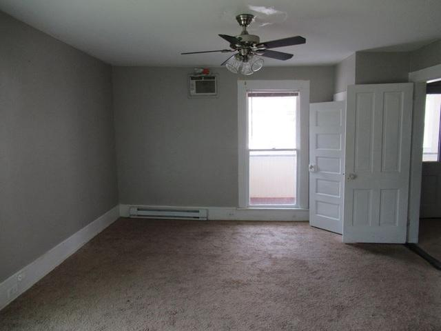 Bedroom featured at 191 Pleasant St, Hinton, WV 25951