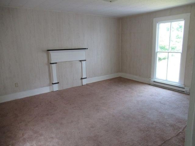 Property featured at 191 Pleasant St, Hinton, WV 25951