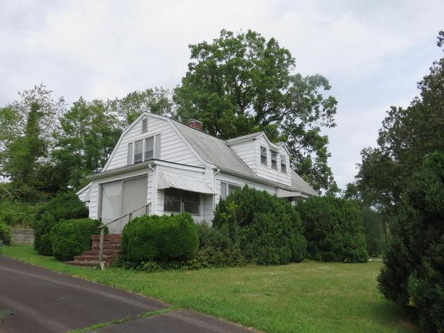 House view featured at 3535 Low Gap Rd, Troutdale, VA 24378