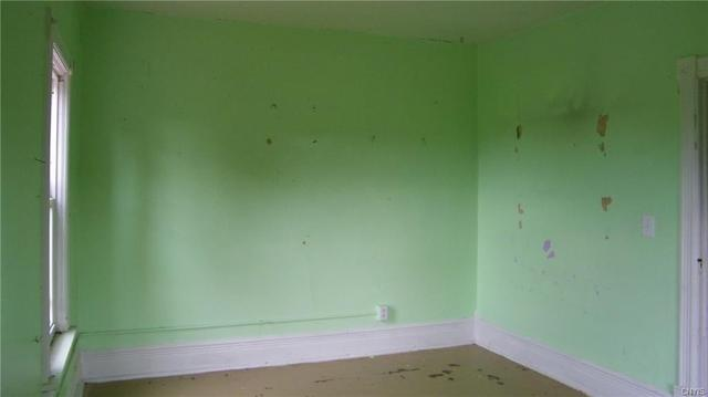 Bedroom featured at 5547 Lee Valley Rd, Rome, NY 13440