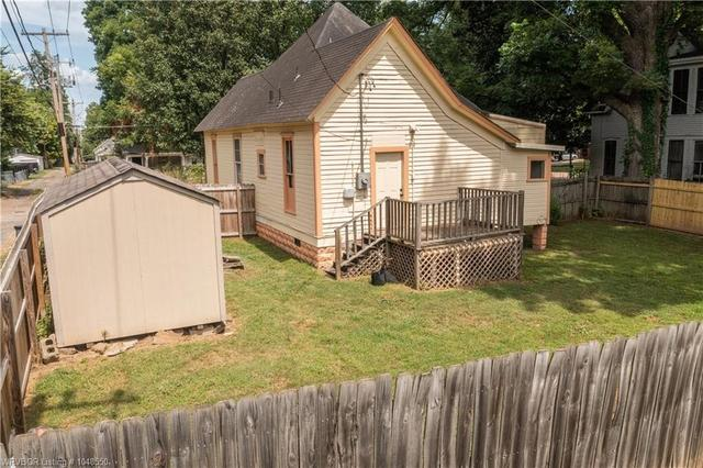 House view featured at 414 S 6th St, Van Buren, AR 72956