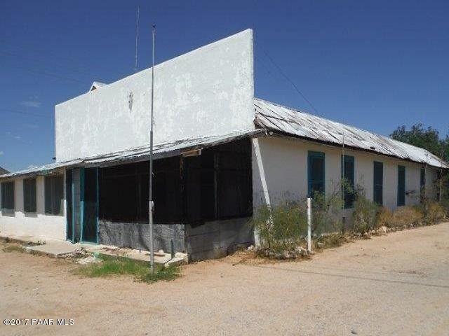 26921 S Highway 89, Congress, AZ 85332
