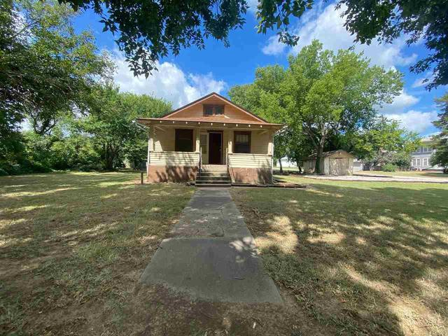 House view featured at 6987 Wilson Ave, Arkansas City, KS 67005