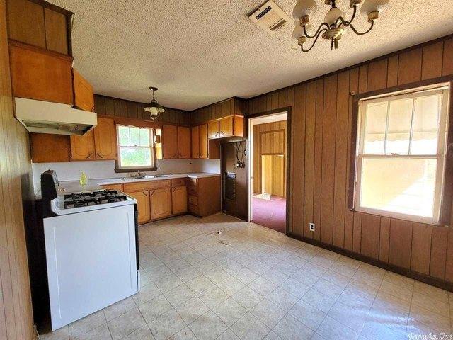 Kitchen featured at 837 Polk Road 1, Grannis, AR 71944