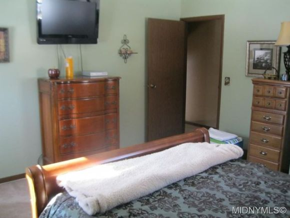 8250 Northgate Dr Rome Ny 13440 Bedroom