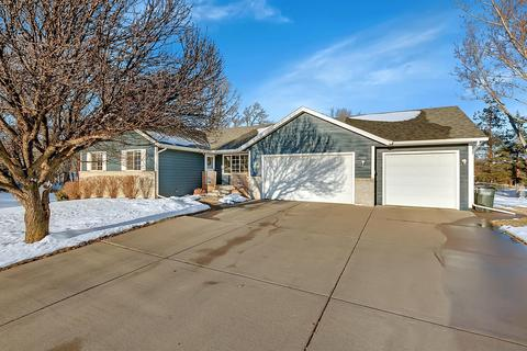 homes for sale in sartell mn