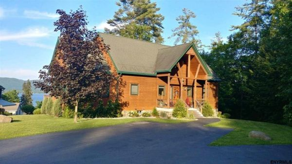 12 Sunnyview Ln, Lake George, NY 12845 - realtor.com®