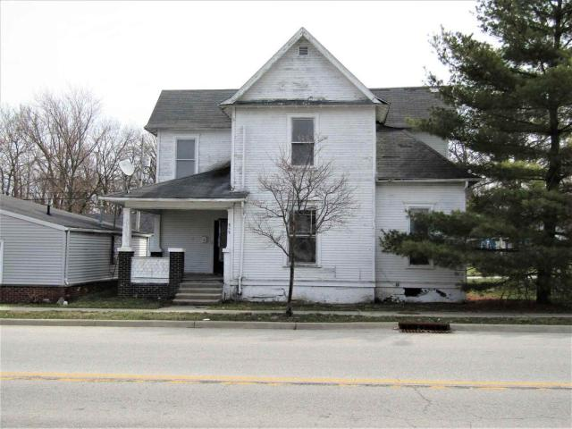 House view featured at 855 S Jackson St, Frankfort, IN 46041