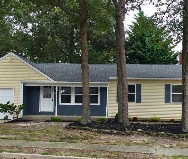 59 Defeo Ln Somers Point Nj 08244