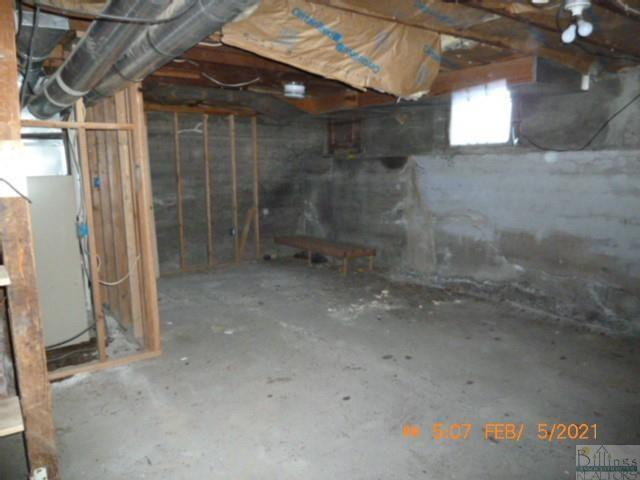 Garage featured at 209 Orchard St, Hysham, MT 59038