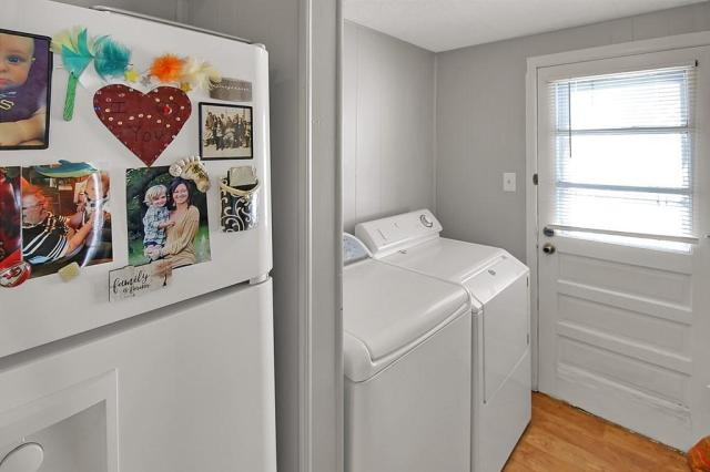 Laundry room featured at 414 N 24th St, Parsons, KS 67357