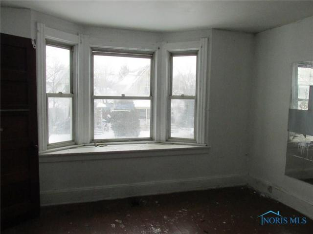 Bedroom featured at 280 Knower St, Toledo, OH 43609
