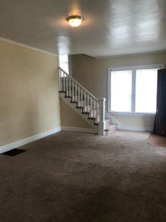 Property featured at 2528 Hilton Ave, Ashland, KY 41101